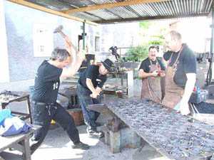 association ferronnerie catalane mairie d 39 arles sur tech. Black Bedroom Furniture Sets. Home Design Ideas