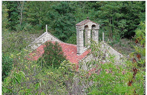 L'église Saint Pierre du Riuferrer d'Arles sur Tech